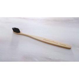Bambusový zubní kartáček Carbon Curanatura 1ks